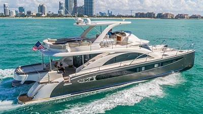 Motor Yacht Legend and Soul
